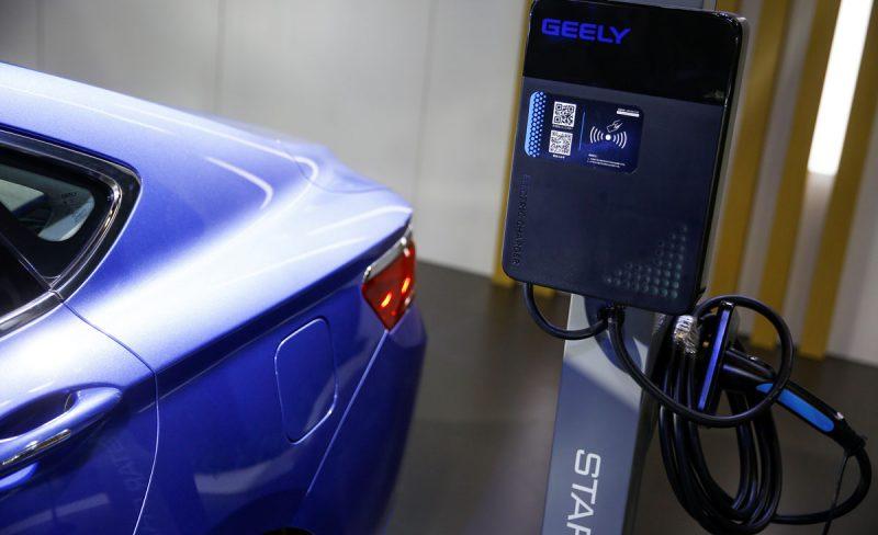 سرمایه گذاری در خودروهای الکتریکی